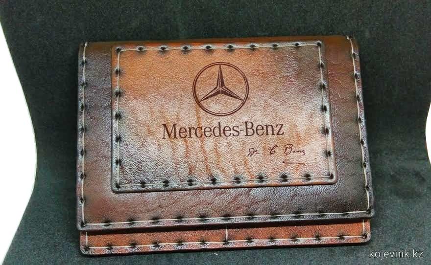 Документница 'Benz'
